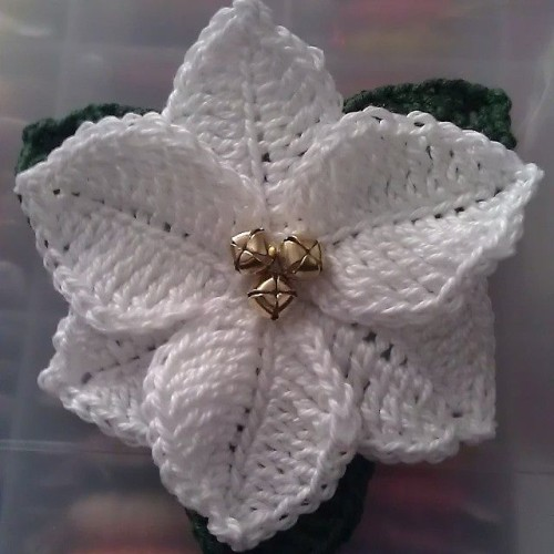 Poinsettia Flower - Crochet Pattern