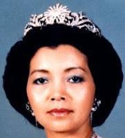 gandik diraja diamond tiara malaysia queen zanariah johor
