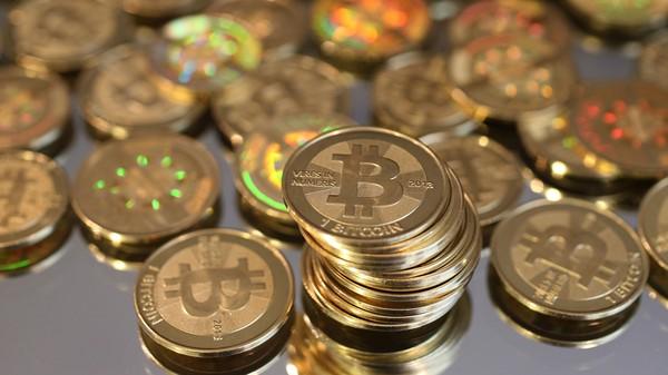 Harga Bitcoin Amblas ke Rp 840 Juta