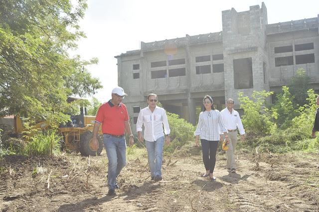 Abel Martínez anuncia terminación edificio sede central Cuerpo de Bomberos de Santiago