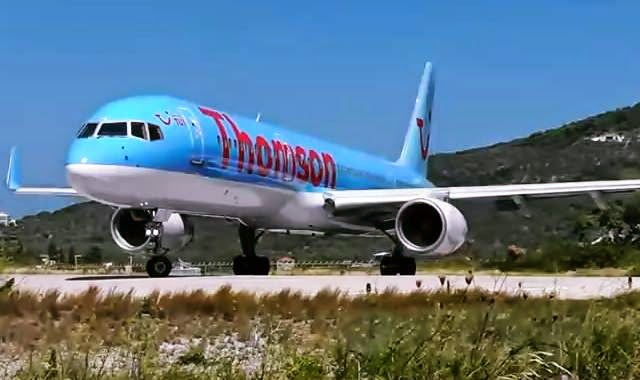 pesawat thomson air