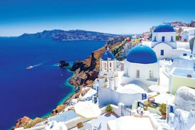 Kota Oia Santorini di Yunani