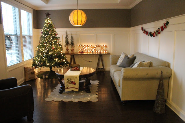 Stilettos and Diapers | Christmas Home Tour 2016 | Rustic Christmas Decor