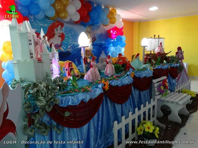 Mesa decorativa tema A Pequena Sereia - Festa de aniversário infantil