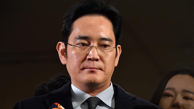 Un tribunal de Corea del Sur excarcela al vicepresidente de Samsung