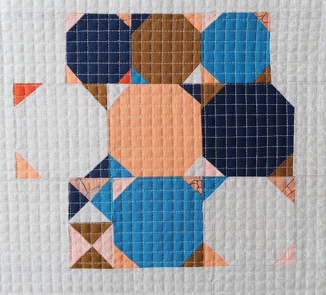 Luna Lovequilts - Improv Snowball quilt block
