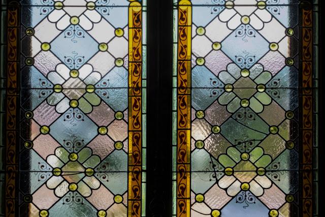 Glasfenster Hermesvilla Wien © Chris Zintzen @ panAm productions 202