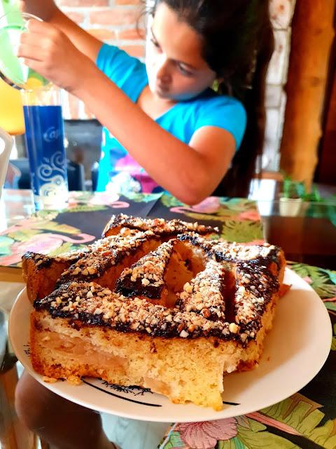 tort z owocami, karmelowy tort,mąka szymanowska, pyszny tort owocowy, tort z bitą smitaną, ciasta urodzinowe,ciasto z owocami,tort owocowy,tort z galaretką, z kuchni do kuchni najlepszy blog kulinarny