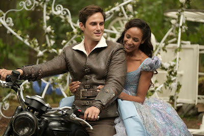 "ONCE UPON A TIME – ""Hyperion Heights"" – As ""Once Upon a Time"" returns to ABC for its seventh season, FRIDAY, OCTOBER 6 (8:00-9:00 p.m. EDT), on the ABC Television Network, the residents of the enchanted forest face their greatest challenge yet as the Evil Queen, Captain Hook and Rumpelstiltskin join forces with a grown-up Henry Mills and his daughter Lucy on an epic quest to bring hope to their world and ours. (ABC/Eike Schroter) ANDREW J. WEST, DANIA RAMIREZ"