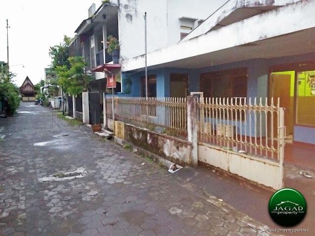 Rumah di Tengah Kota Jogj dalam Perum POLRI dekat Kampus UIN