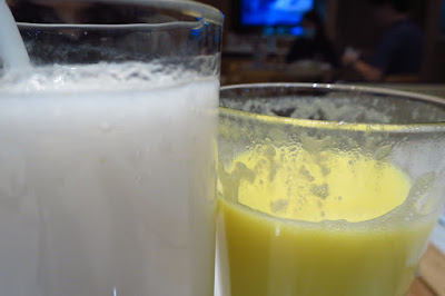 Putien, soursop corn juice