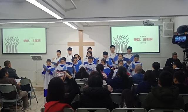 China usa crianças para espionar e ameaçar suas famílias cristãs