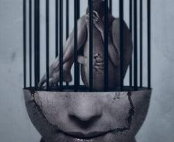 La schiavitù fisica e mentale del lavoro