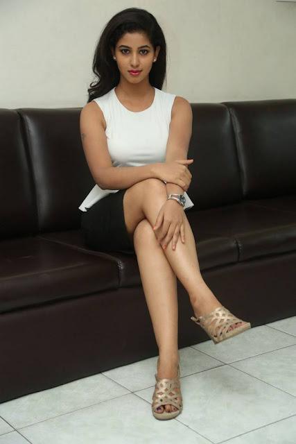 south actress pavani shaved armpits expose pics