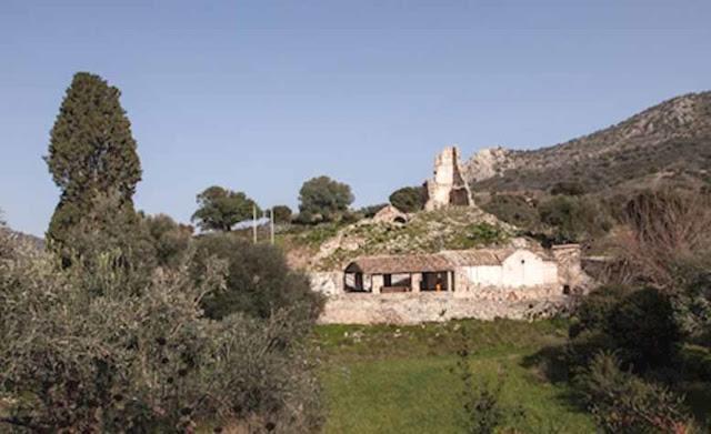 """Ναύπλιο: Την """"Αγιά Σωτήρα"""" γιόρτασαν στη βυζαντινή μονή Μεταμόρφωση Του Σωτήρος στο Τσέλο"""