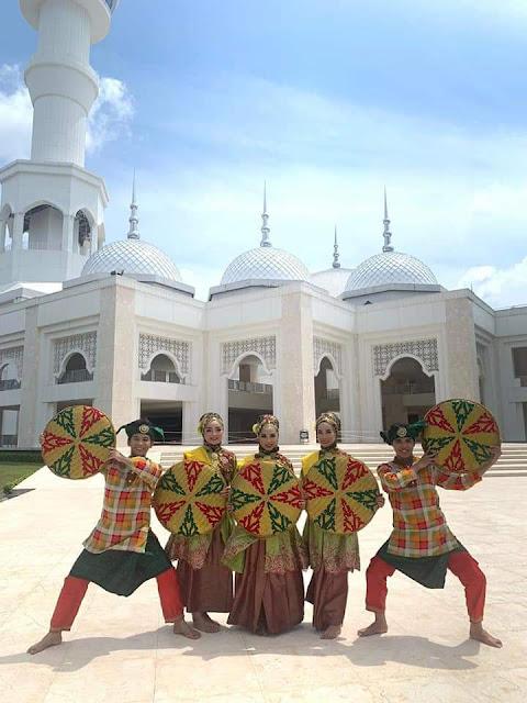 Gunakan Tiga Lokasi Objek Wisata Sebagai Latar, Sanggar Seni Wansendari Kota Batam Juara I
