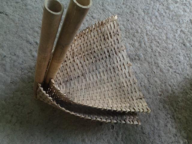 pengki dari bambu