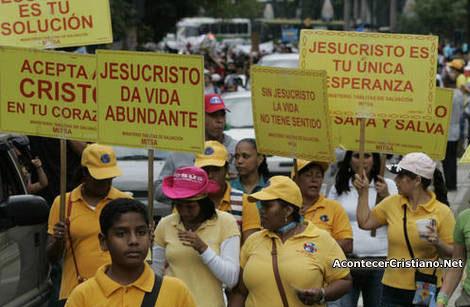 Cristianos venezolanos proclaman a Cristo en Caracas