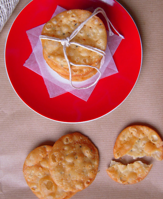 Nimki or Namak Paare are diamond shaped savoury fried crackers.  Using the same dough that is used to make nimki, I also make papdi. Find the recipe for nimki and papdi here.