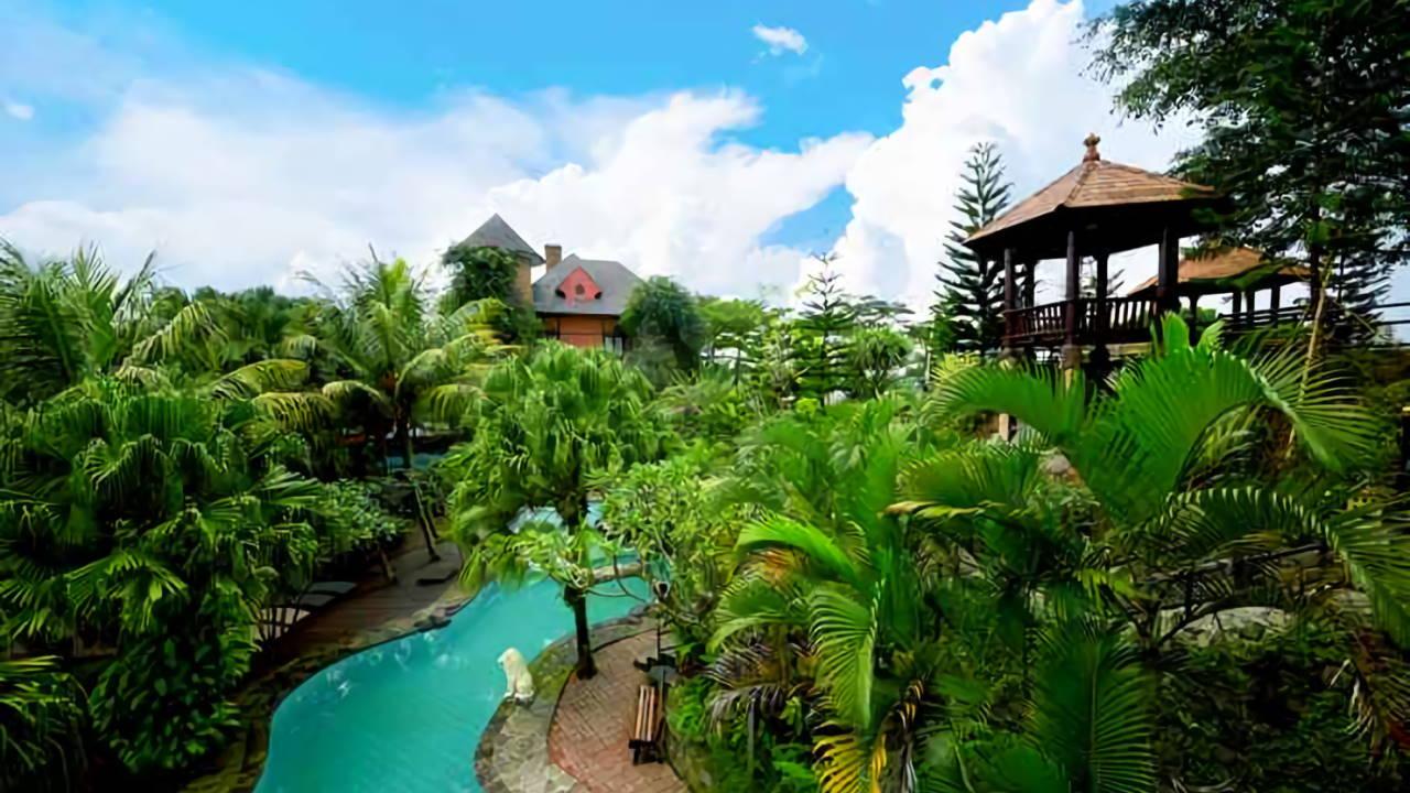 Edensor Hills Villa, Resort & Cafe, Bogor