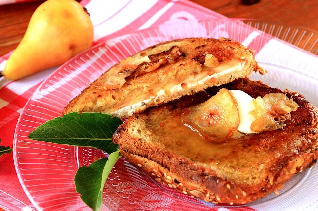 Sendvič-tost-sa-kruškama-lagani-doručak