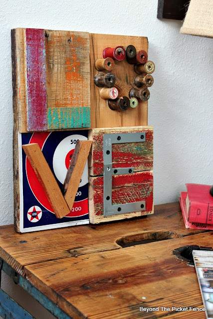 love sign, reclaimed wood, scraps, typohraphy, metal, minwax, wood spools, valentines, rustic, industrial,http://bec4-beyondthepicketfence.blogspot.com/2016/01/love-in-bits-pieces.html