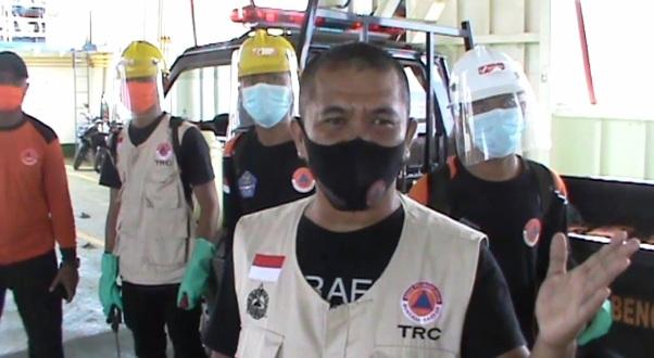 TRC BPBD Selayar Tetap Siagakan Personil Di Pelabuhan Feri Pamatata