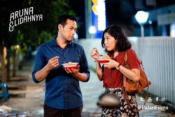 Inilah review dan sinopsis film Aruna dan Lidahnya!