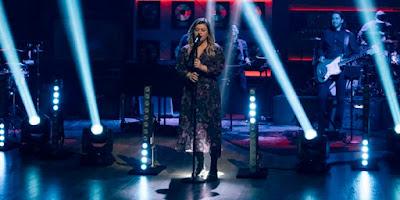 Kelly Clarkson Razzle-Dazzle's Cover Of Selena Gomez's Hit 'Rare' For New Kellyoke!