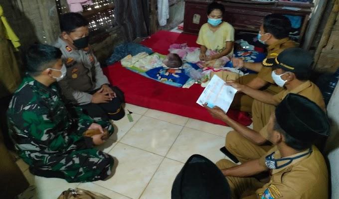 Muspika Kecamatan Pamarayan Salurkan Bantuan Kepada Keluarga Bayi Penderita Hidrosefalus
