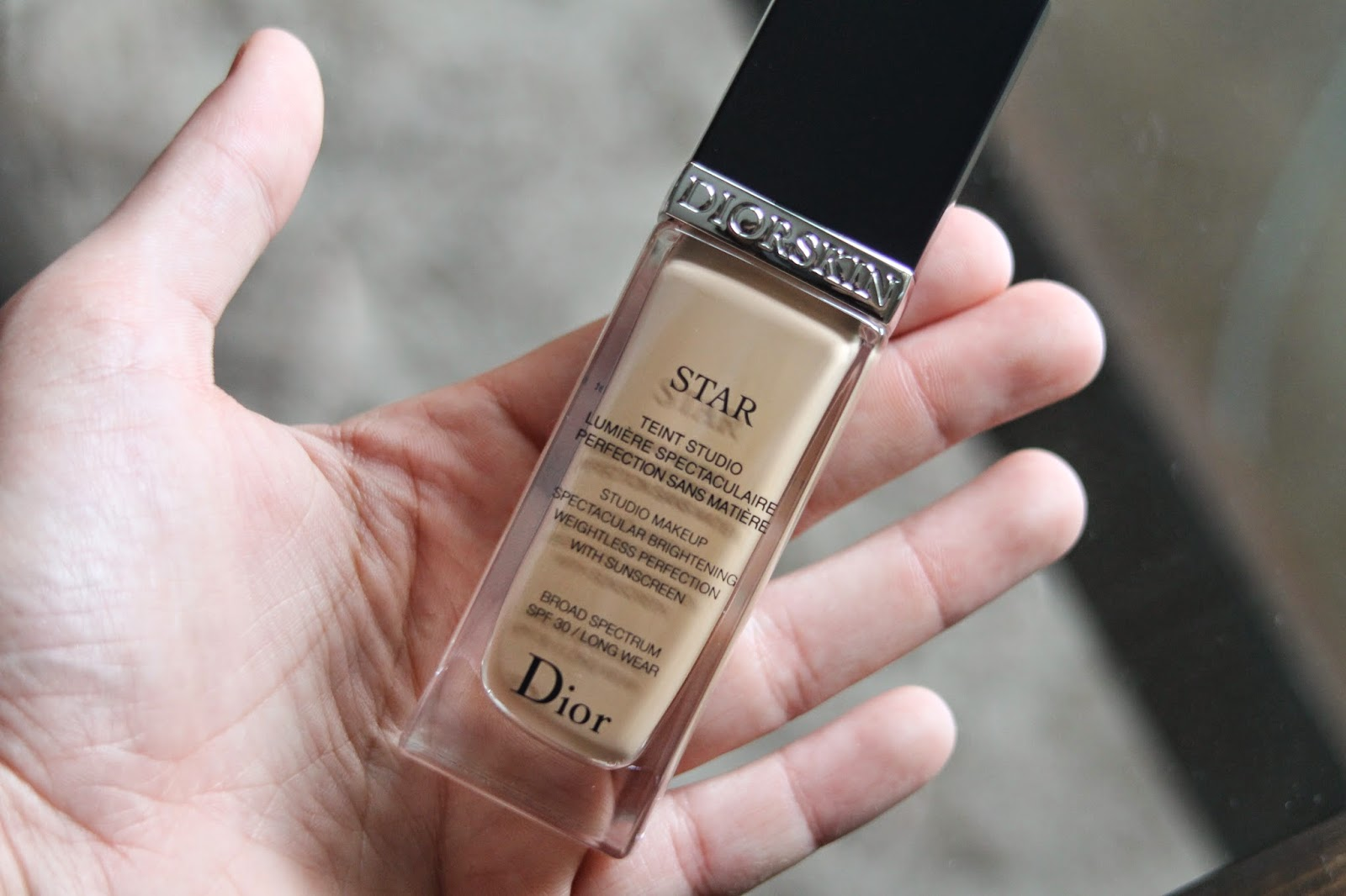80748aa5 DIORSKIN STAR FOUNDATION REVIEW   necessary nothings