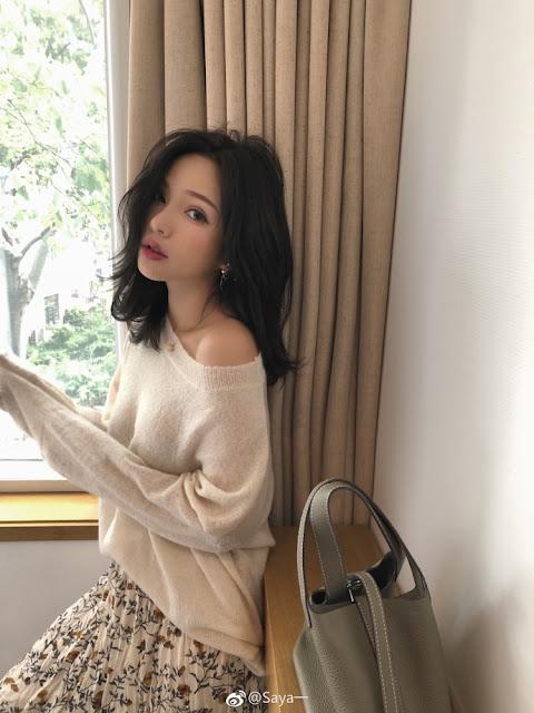 Saya Chinese internet celebrity attacks pregnant woman