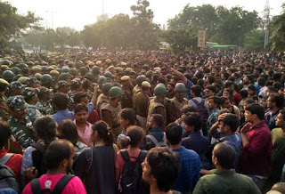 jnu-student-protest-fees-reduce