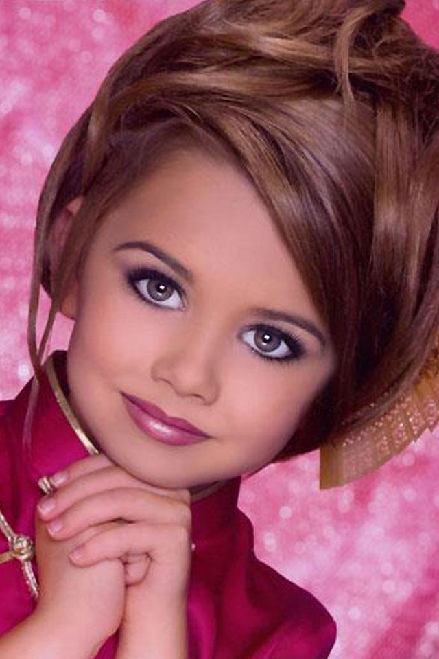 दुनिया के सबसे सुन्दर लड़कियों के HD wallpaper |photos
