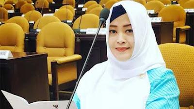 Anies Baswedan Raih Penghargaan Lagi, Fahira Idris: Buah dari Konsistensi!