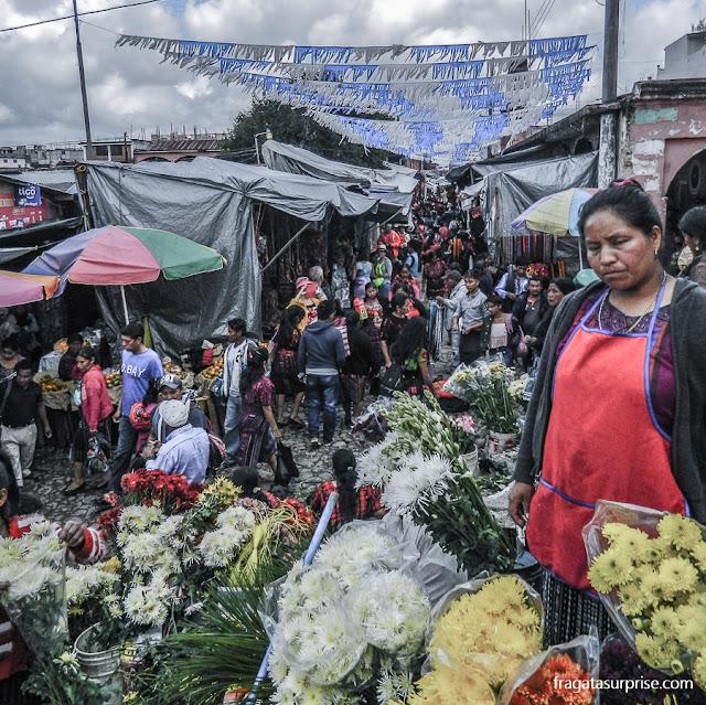 Barracas do Mercado de Chichicastenango, Guatemala