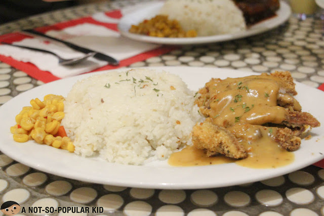 Pan-fried Porkloin with Herb Mushroom Gravy