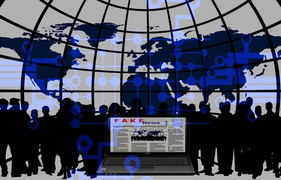 dampak berita palsu di media sosial