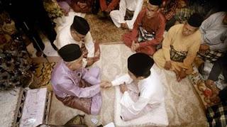 4 Doa Setelah Akad Nikah Lengkap Bahasa Arab, Latin dan Artinya