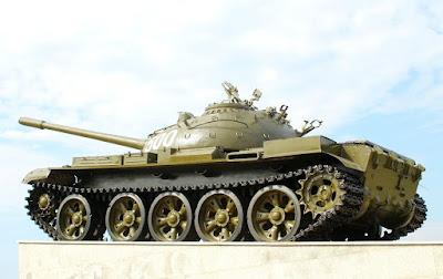 tanc rusesc T-55