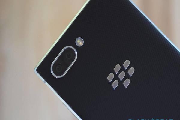 بلاكبيري تعود من جديد بهاتف بتقنية الاتصالات 5G