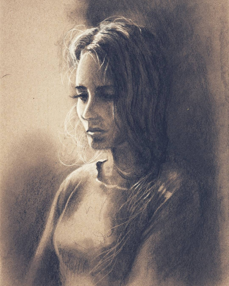 04-Ever-Sanchez-Charcoal-and-Pencil-Portrait-Drawings-www-designstack-co