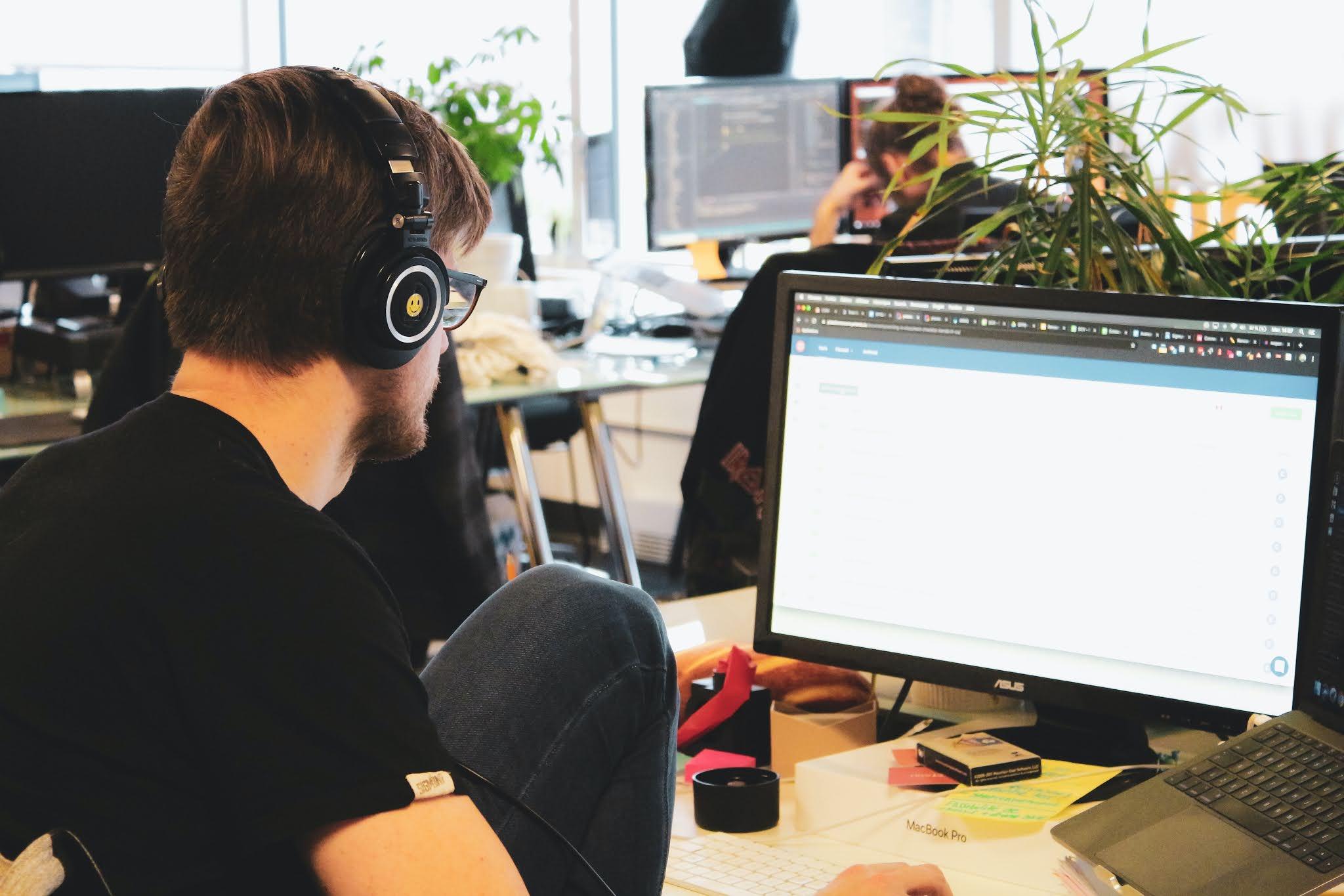كيف امنع متصفحات الويب من المطالبة بأن تكون المتصفح الافتراضي؟