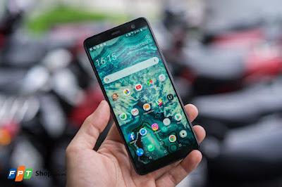 Cầm trên tay và trải nghiệm HTC U11 Plus lưng đổi màu - 210882