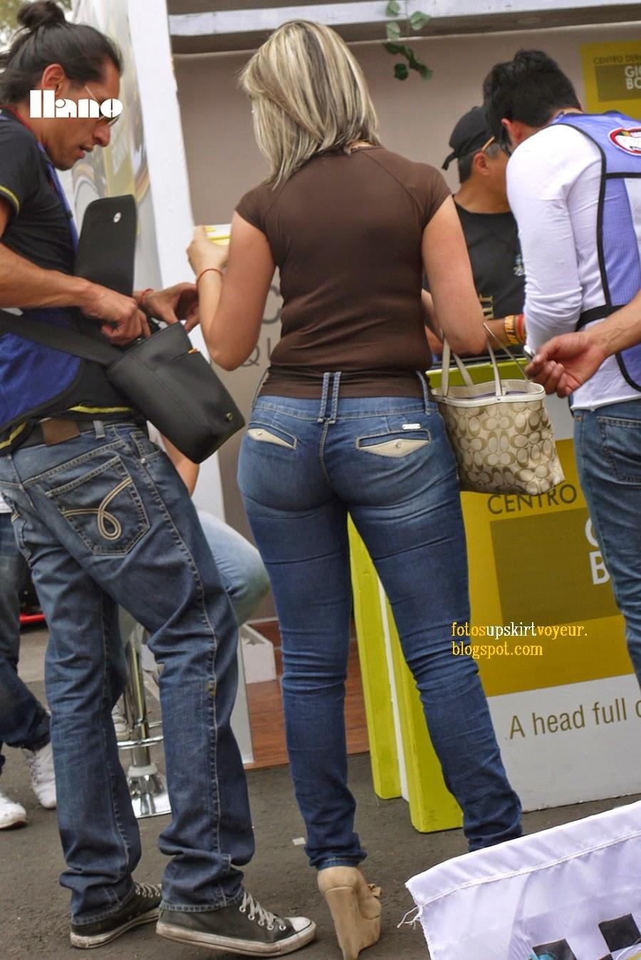 Nalguitas apretadas en pantalon de vestir - 1 part 8