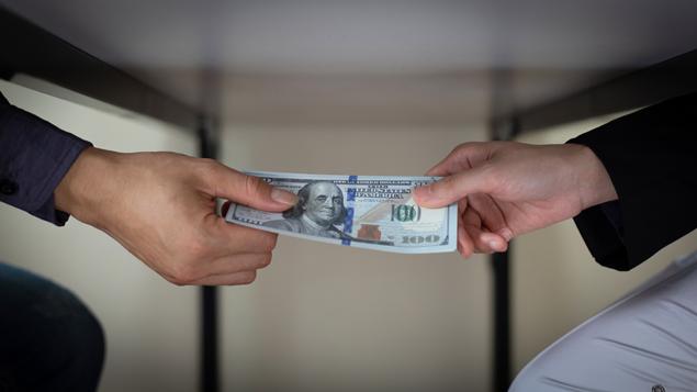 Bersyukur Selalu Berjarak Dengan Korupsi, Kolusi Dan Nepotisme