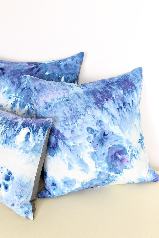 DIY Ice Dye Pillows  How to Ice Dye  Dans le Lakehouse