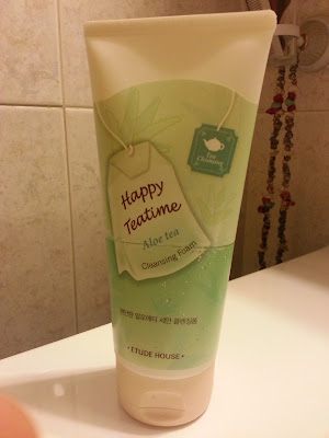 Etude House - Happy Tea time Cleansing foam (Aloe Tea)