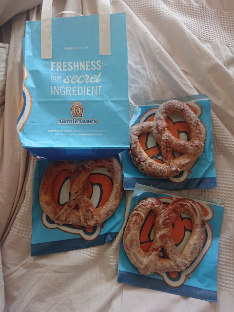 Auntie Anne's Too Good To Go Review
