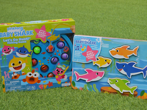 Baby Shark Let's Go Hunt Game and Wooden Sound Puzzle | Review